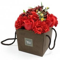 flower box pachnący mydlany bukiet kwiatowy. czerwony